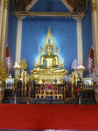 Wat Benchamabophit - Picture of Wat Benchamabophit (The Marble Temple), Bangk...