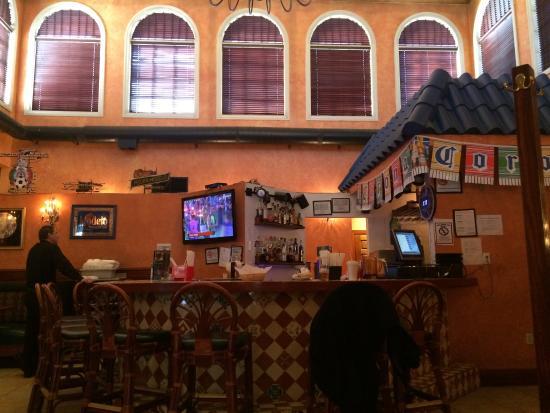 Mi Pueblo Stratford Bar Area