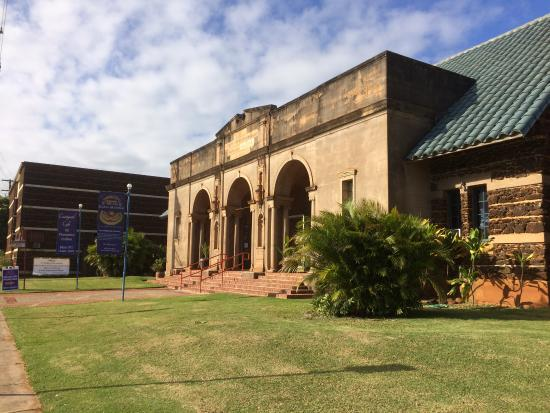 Kauai Museum : side view