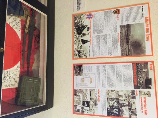 Kauai Museum : history on various ethnic communities and war. (this one on Japanese-Hawaiians)