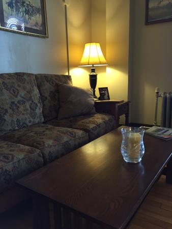 Murray Hotel: I loved this historic hotel!  It is in fantastic condition!  Spacious, well appointed room with