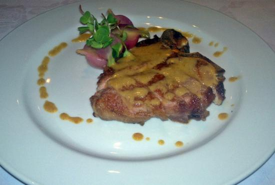 Lucio's Italian Restaurant: bistecca di vitello (300g gippsland veal t-bone served with radish & porcini butter)