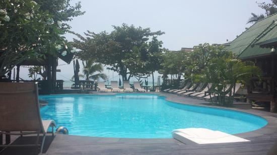 V-View Beach Resort: 20160220_124744_large.jpg