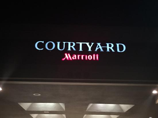 Courtyard Oxnard Ventura: photo0.jpg