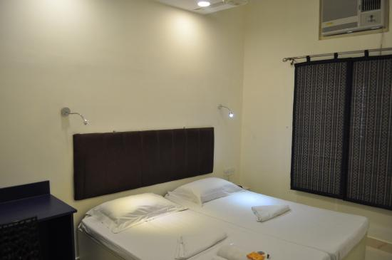 Hotel Kabli: Standard Room