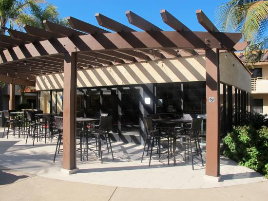 Solana Beach, CA: outside of Bistro