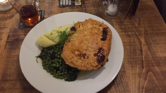 Wroughton, UK: A delicious pie to go with the beer.