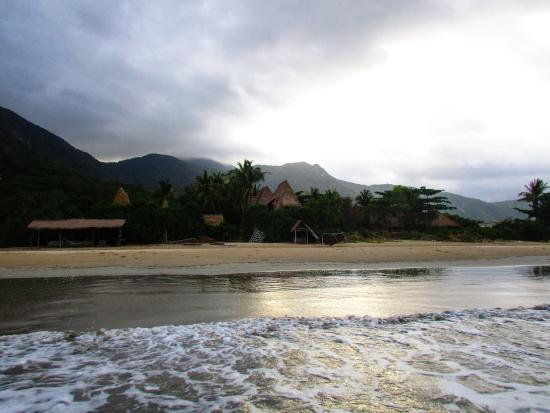 Картинки по запросу Пляж Jungle Beach (Hon Heo) отели