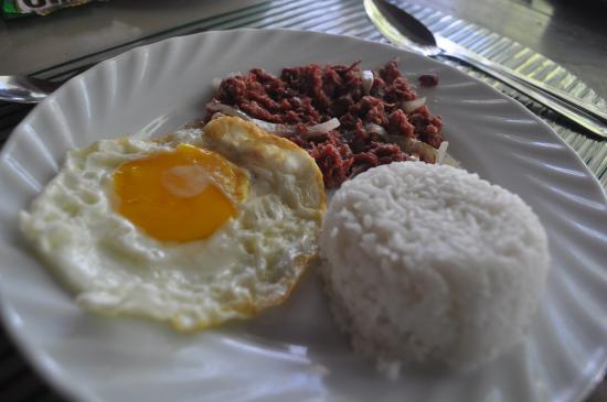 Boracay Peninsula Resort: breakfast | may 2012