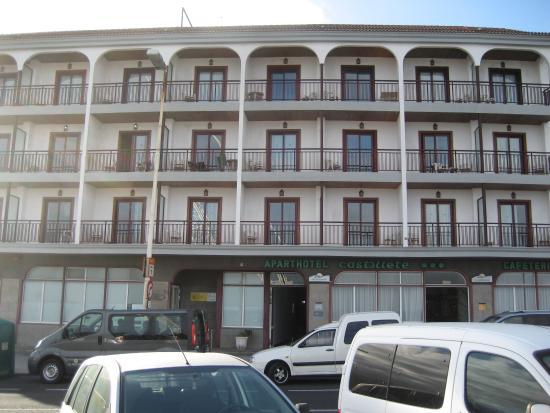 Aparthotel Castillete: Fachada del edificio.
