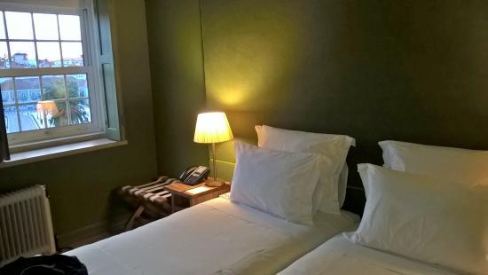 VillaCascais Guesthouse: Doble Twin, se duerme de maravilla