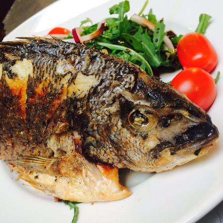 The Brown Dog: Whole seabream