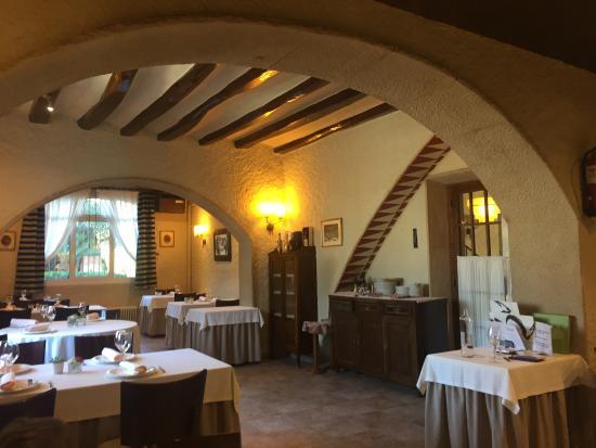 Restaurant can font castellar del valles restaurant - Tiempo castellar del valles ...