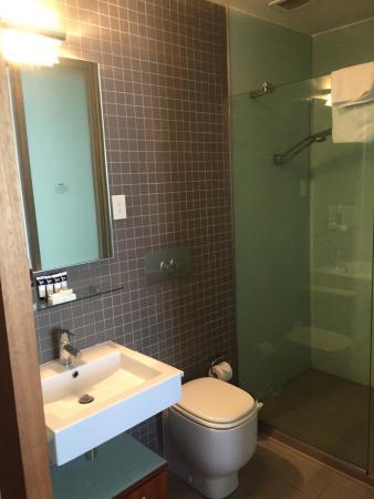 Convenient service apartment!