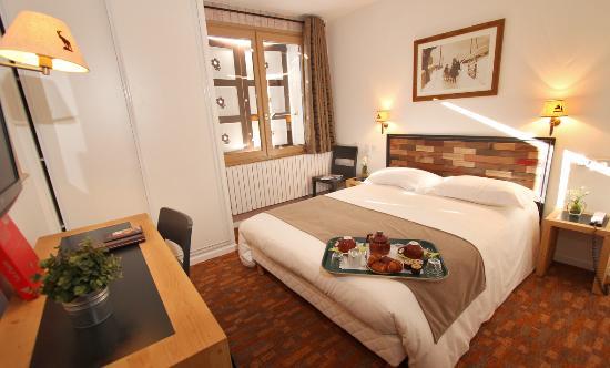Hôtel la Galise : Chambre mansardée 3ème