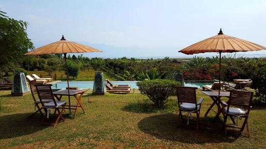 Inle Lake View Resort & Spa Photo