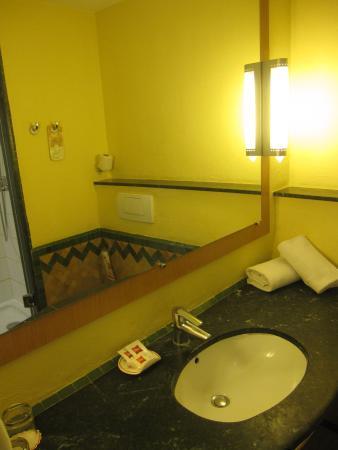 卡萨布兰卡西迪马鲁夫宜必思酒店照片