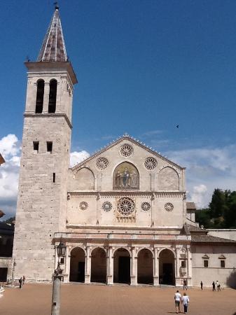 สโปลโต, อิตาลี: Duomo