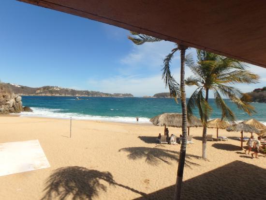 Las Brisas Huatulco: Tornillo Beach