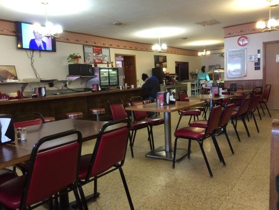 Mahnomen, MN: Interior on a quiet Saturday for lunch