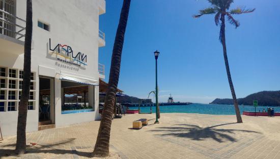 "Restaurante ""La Playa"""