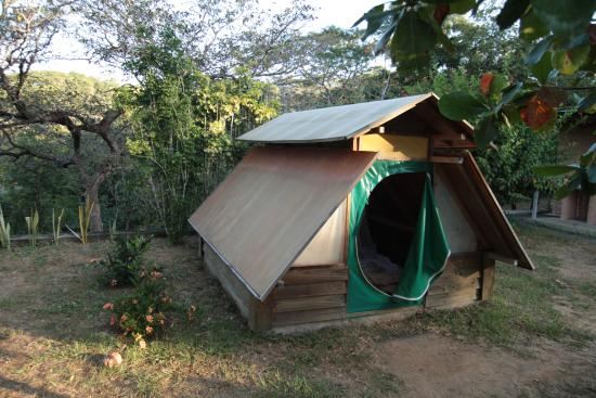 El Sol Verde Lodge & Campground: Tente en bois