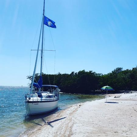 Everglades Isle RV Resort : Playing castaway in the Ten Thousand Islands