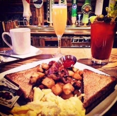 Surrey, Canadá: Top Tens – The Best Hangover Meals