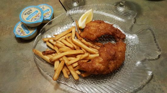 Longmeadow, MA: The crispiest fish and chips I've every had!