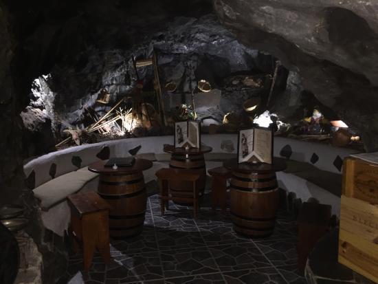 Tasca La Cueva: photo4.jpg