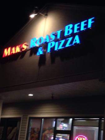 Mak's Roast Beef and Pizza
