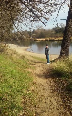 Ancil Hoffman Park: Walk the trail to the river