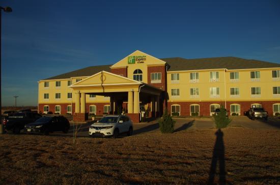 Holiday Inn Express Childress Photo