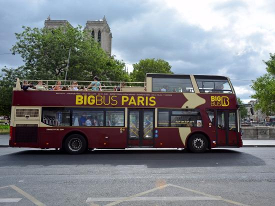 ruteando picture of big bus paris paris tripadvisor. Black Bedroom Furniture Sets. Home Design Ideas