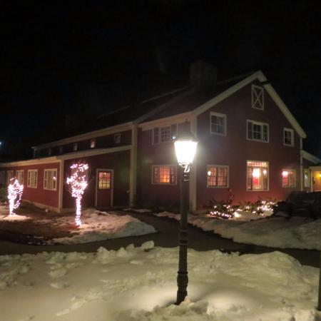 Common Man Restaurant: Quaint Exterior/ Historic Renovated New England Barn