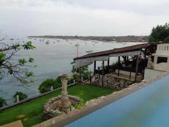 Coconuts Beach Resort Resmi