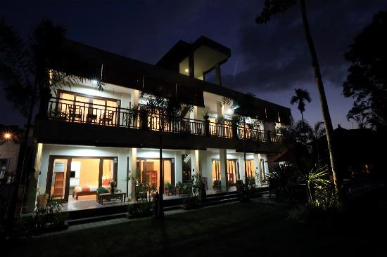 Meruhdani Guest House