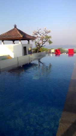 the swimming pool at 7 20am picture of best western kuta beach rh tripadvisor com
