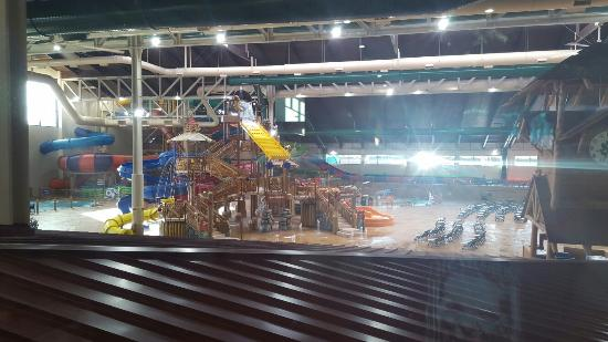 Great wolf lodge southern california indoor waterpark - Great wolf lodge garden grove deals ...