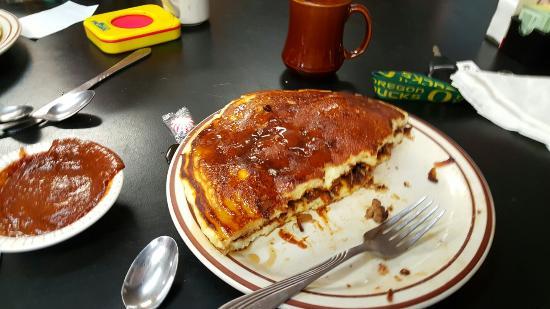 Charleston, OR: Nonnie's Breakfast Barn