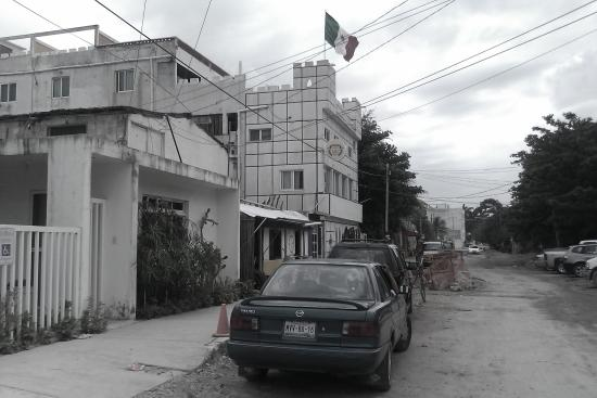 Hotel Sevilla: cheap hotel puerto morelos 2nd street ave ninos now called hotel seville parking on street