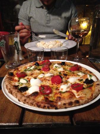 p 226 te et pizza picture of da peppe remy de provence tripadvisor