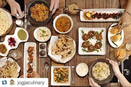 Dinner at taj indian kitchen picture of taj indian for Z kitchen jogja menu