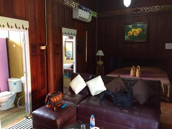 Banthaisangthain Resort: photo1.jpg