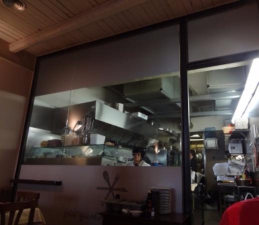 cucina a vista - Picture of Casa Rispoli, Cava De\' Tirreni ...