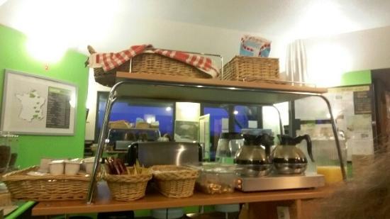 Lemon Hotel Arques : petit dej du matin a volonté