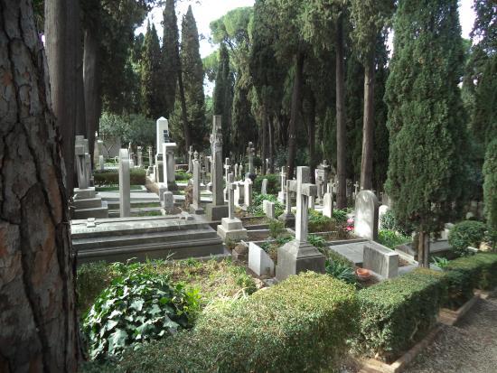 Cimitero Acattolico (The Non-Catholic Cemetery)
