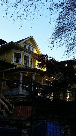 Barclay House Bed and Breakfast: 20151105_145137_large.jpg