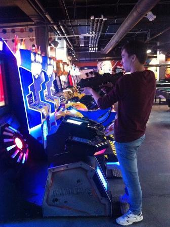 играть в онлайн игры казино без денег без регистрации