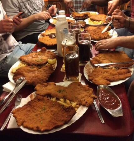 20160606 182510 photo de onkel otto das xxl for Cuisine xxl allemagne